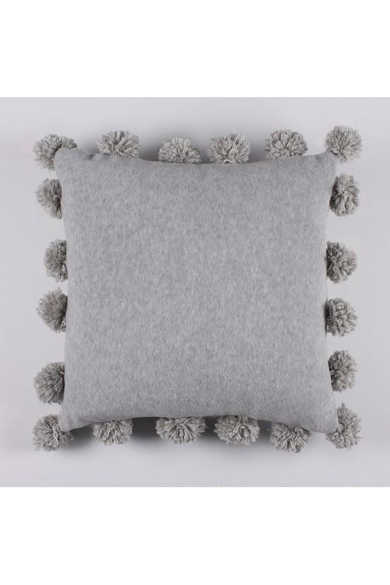 Ponponlu Polar Gri Dekoratif Yastık Kılıfı